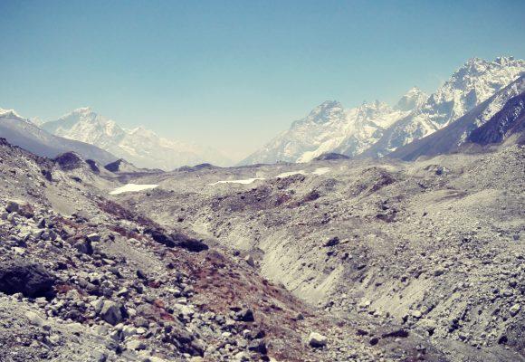 Everest Camp Trek vs Everest Base Camp Helicopter Trek